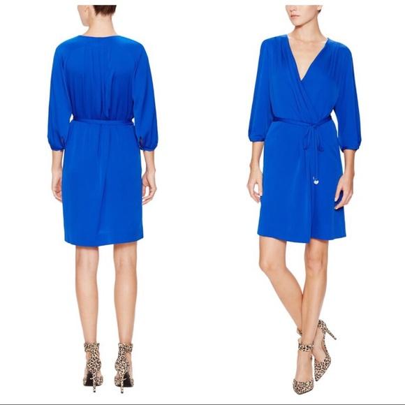 309d7b12d95a9 Diane Von Furstenberg Dresses & Skirts - Clearance 🛍 DVF Autumn Wrap Dress  in Parakeet